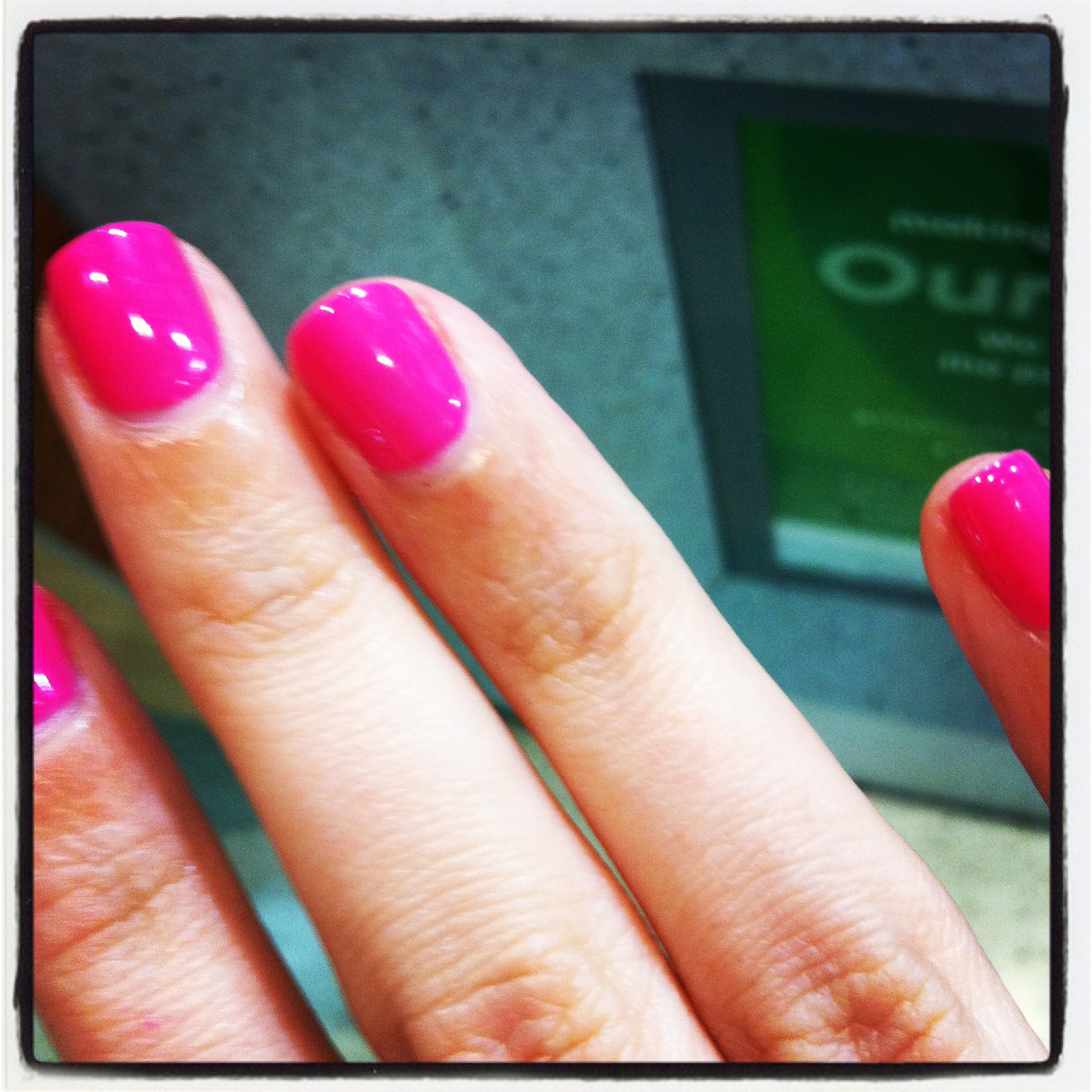 My fave Shellac colour: Hot Pop Pink